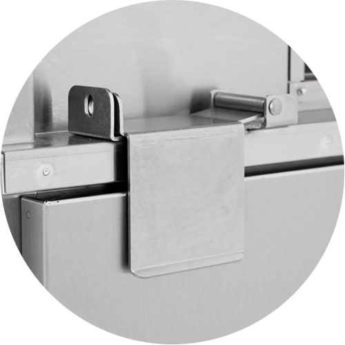 Padlocking Transport Latch